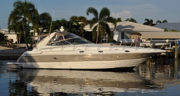 2002 42' Cruisers 4270 for sale at the Suncoast Boat Show