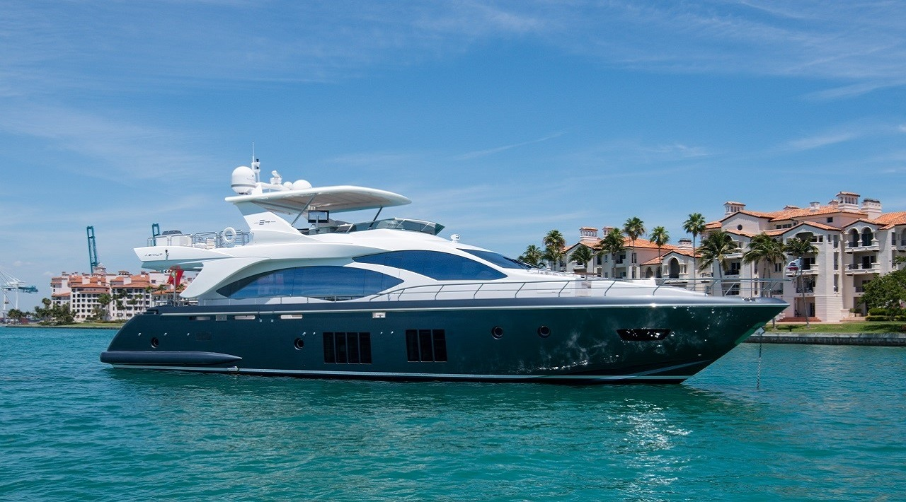 2016 Azimut 84 Motor Yacht for Sale at Palm Beach Boat Show
