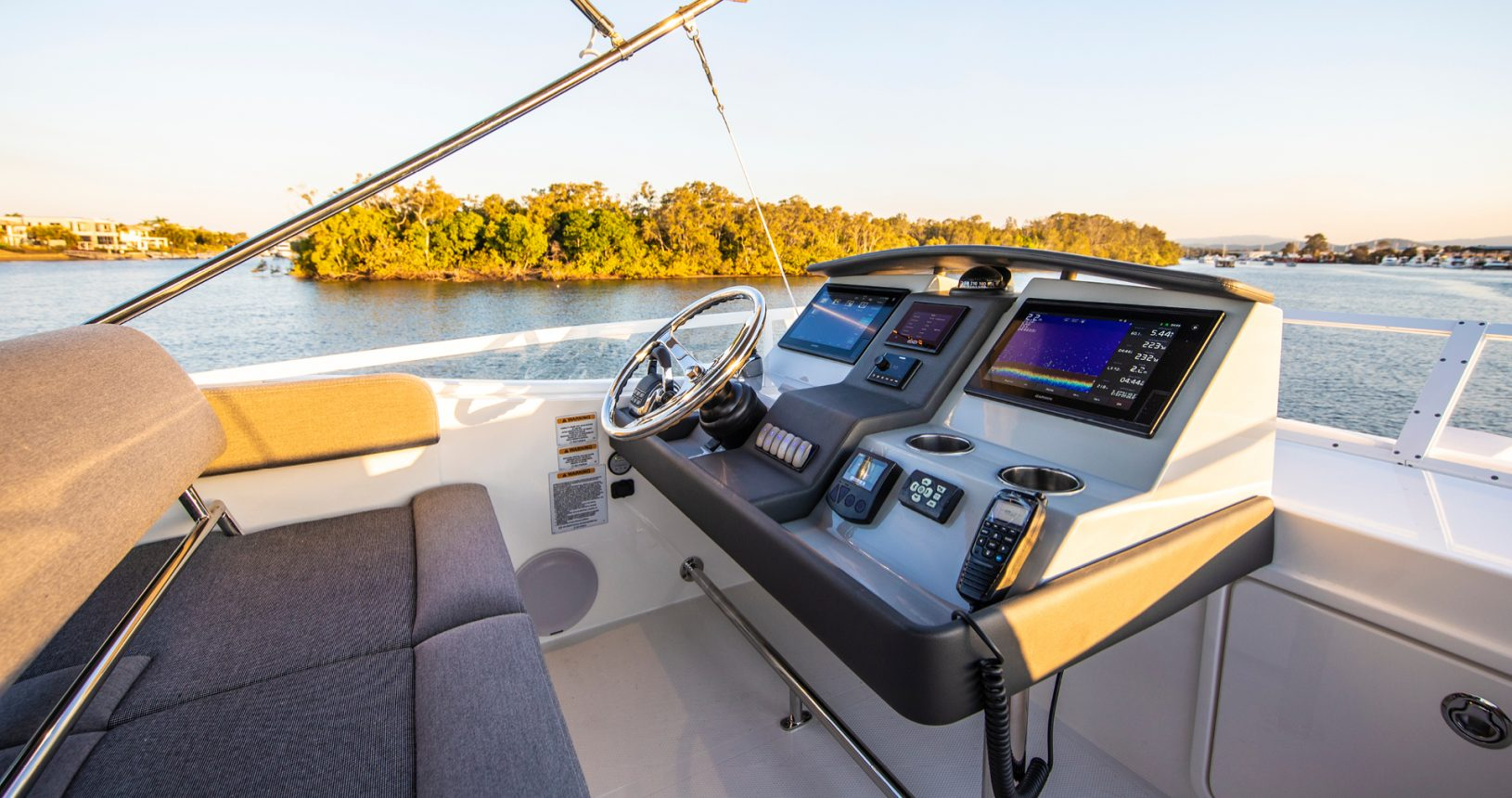 Riviera 39 Sports Motor Yacht - Upper Helm