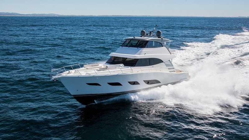 Guide to buying a Riviera yacht