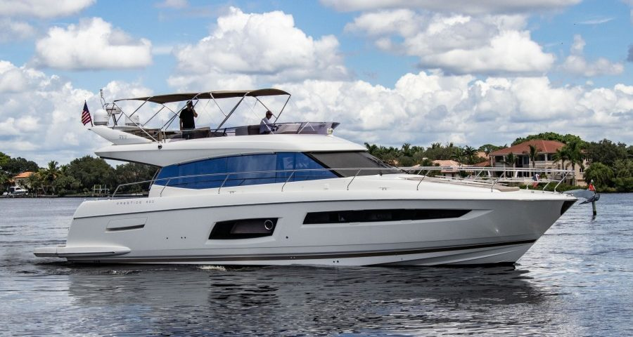 Luxury Flybridge Yachts for Sale