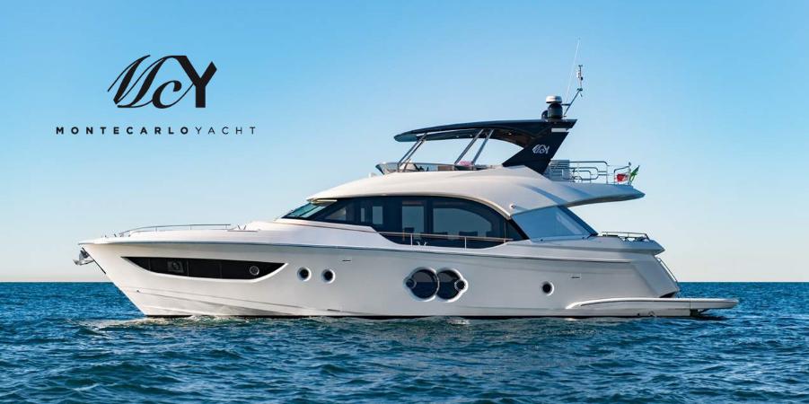 MCY 70 Best Flybridge Yacht Award