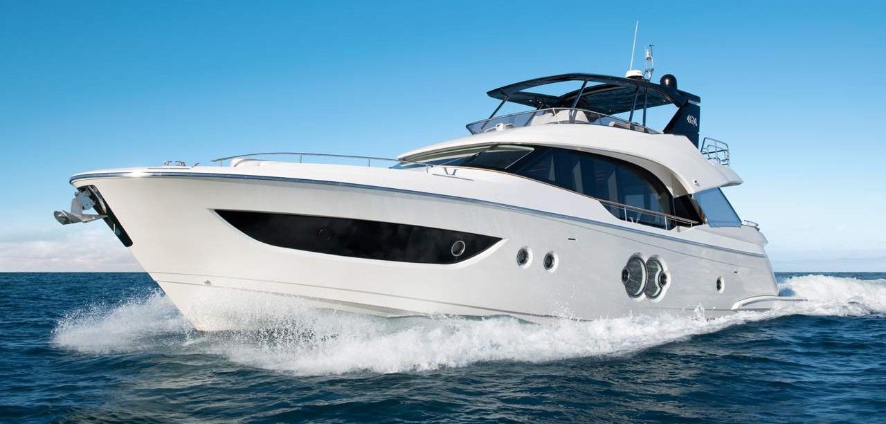 Monte Carlo Yachts MCY Best Flybridge Yacht