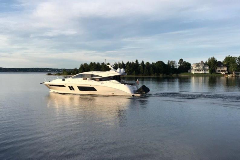 1- 2015 65' Sea Ray L65 Sundancer for sale