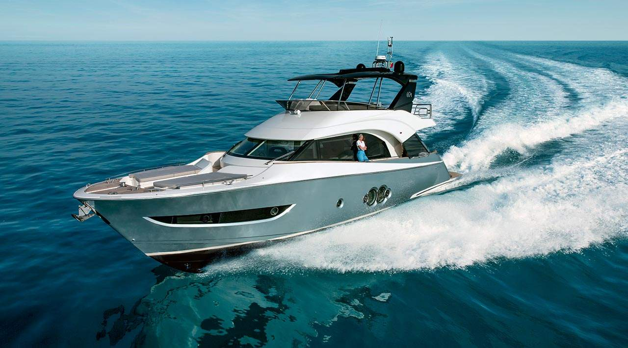 Monte Carlo Yachts MCY 66 - underway