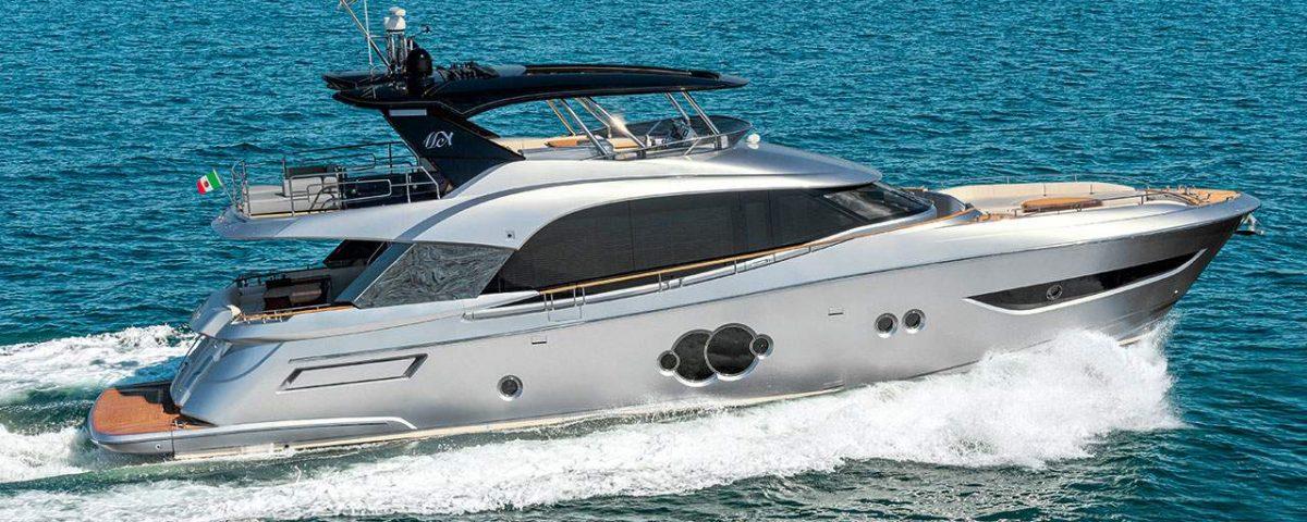 Monte Carlo Yachts MCY 76 running shot