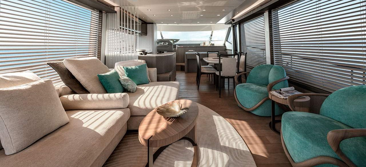 Monte Carlo Yachts MCY 76 salon